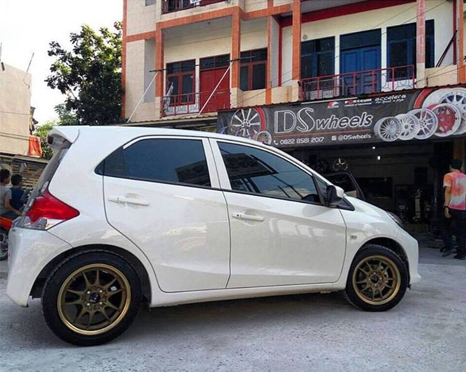 MF8 15x7,0 8x100-114,3 ds wheels pekanbaru