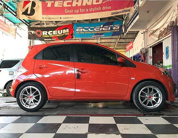 Model : CR Kai  Size : • 16x7.0 | 8x100/114.3 rizki_minangmotorsport Bengkulu