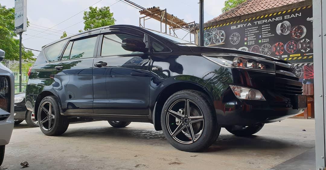 Toyota Kijang Innova Reborn on JF 50423 Black Milling 18x8.0/9.0 5x114.3 By JF Luxury