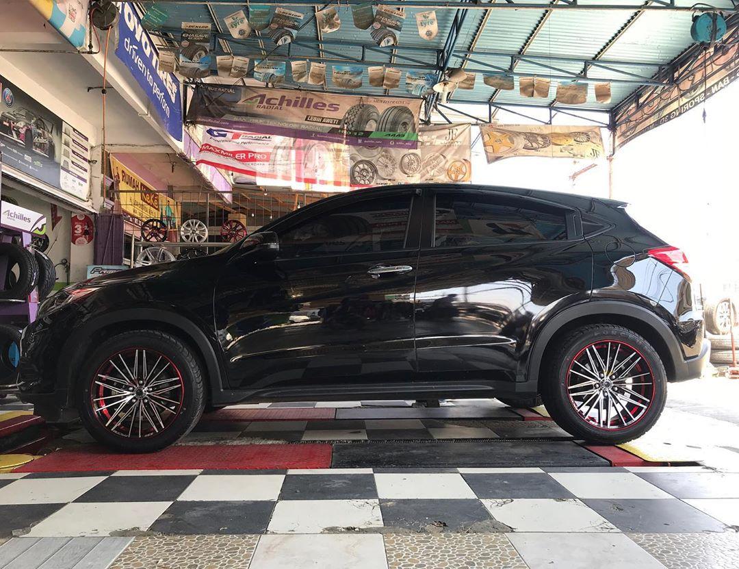 Honda HRV On NEW DOJO black polish + milling red 18x8.0 5x114.3 +35 By JF Luxury Wheels