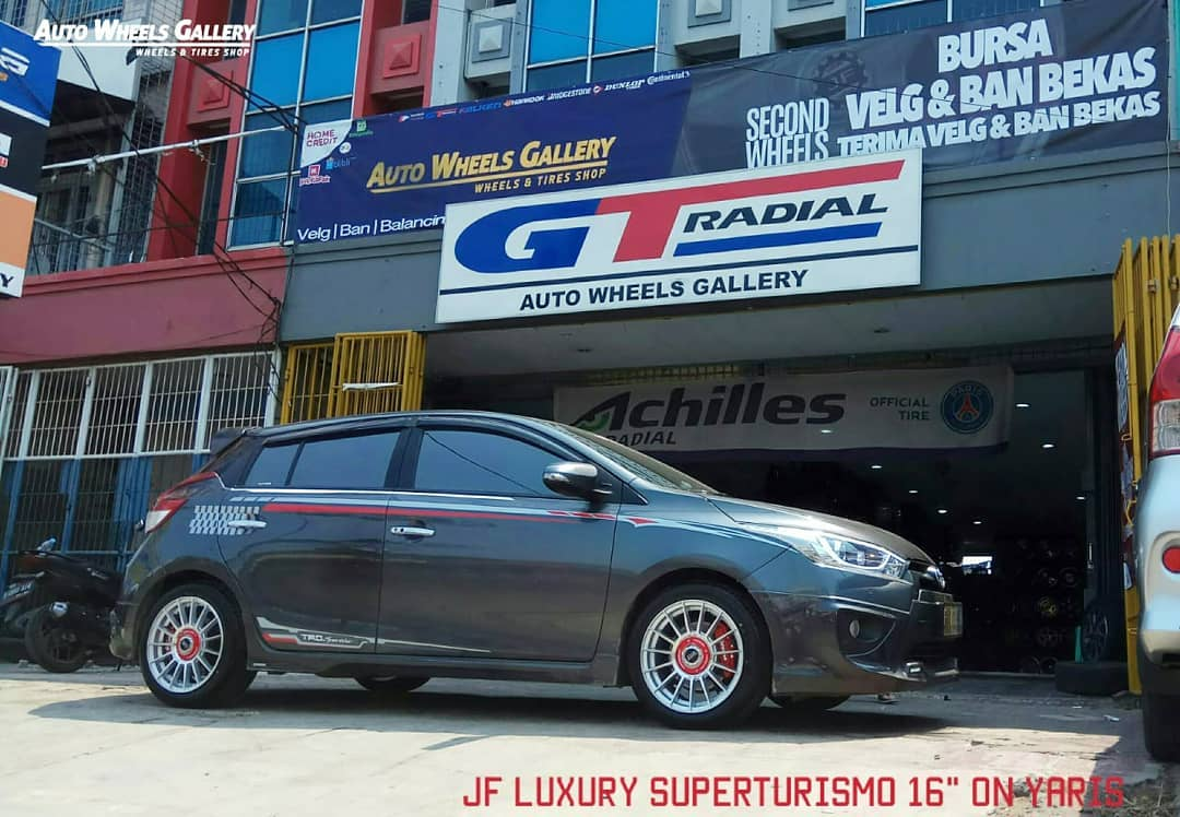 Toyota Yaris On SUPERTURIMO EVO Silver Machine Face 16x7.0 8x100/114.3 +40 By JF Luxury Wheels