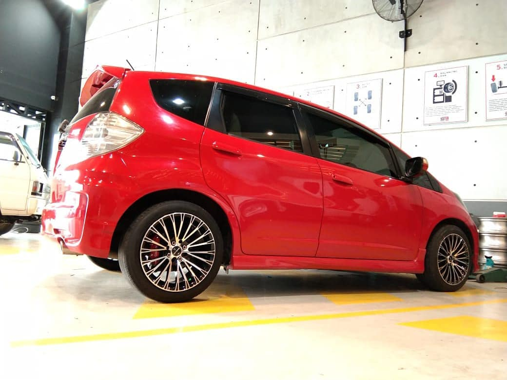 Honda Jazz On LS2 Black Machine Face 16x7.0/8.0 8x100/114.3 +38 +30 By JF Luxury Wheels
