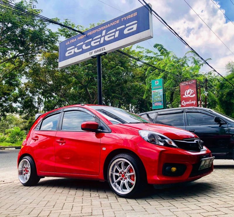 Honda Brio On D9R Silver Machine Face/Lip+Black Sticker 16x7.0/8.5 8x100/114.3 +38 +30 By JF Luxury Wheels