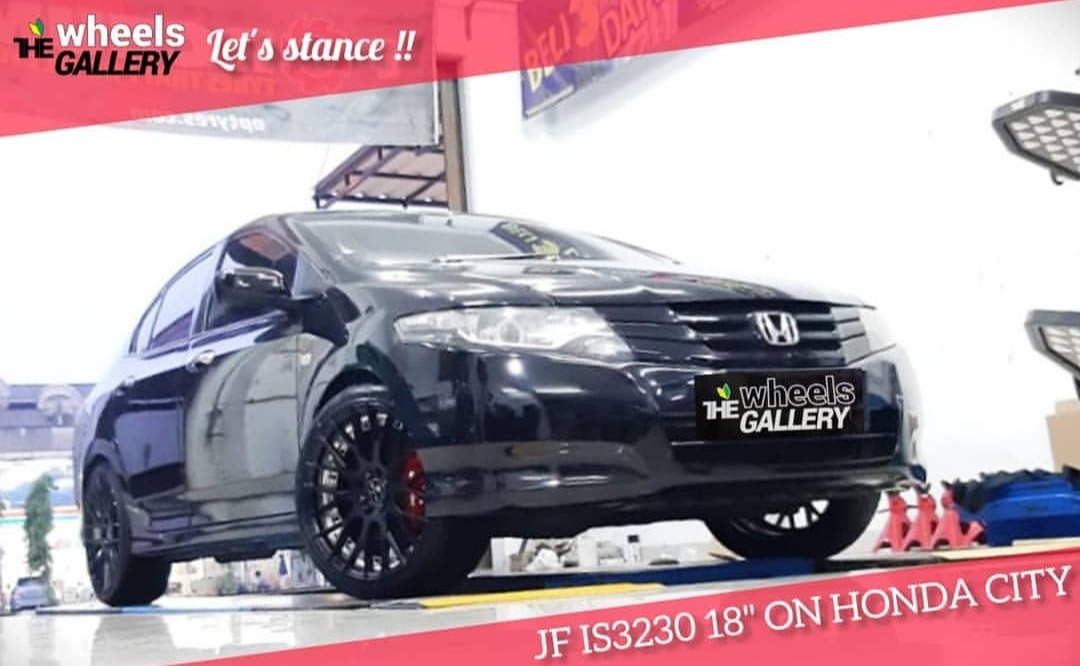 Honda City On JF IS3230 18x8.0 8x100/114.3 +45