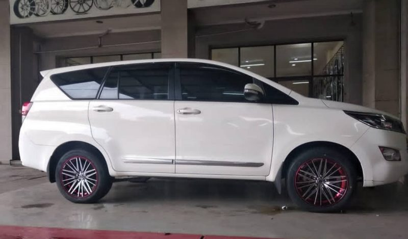Toyota Kijang Innova On NEW DOJO 18x8.0 5x114.3 +35