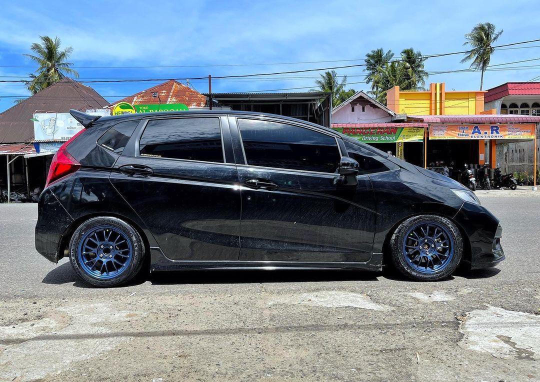 Honda jazz Use SE37 15x7.0 4x100 +48
